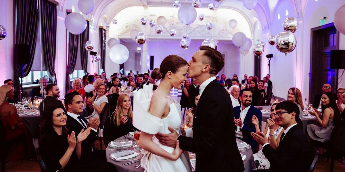 Pora vestuvėse
